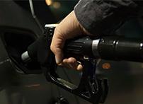 机油压力传感器广泛应用于各种汽车和柴油车,其作用是实时检测发动机的机油压力,以保证发动机正常工作