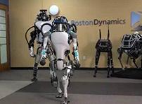 在美国机器人公司波士顿动力公布的影片中,我们看到了目前市面上最富动力学的人形机器人。Atlas