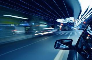 MEMS传感器起始于汽车和工业,但这十年真正推波助澜的是消费类电子。如今,MEMS的下一波浪潮有望重新回到汽车和工业。