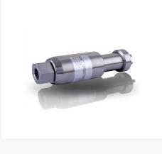 利用单晶硅材料的压阻效应和集成电路技术制成的传感器。单晶硅材料在受到力的作用后,电阻率发生变化,通过测量电路就可得到正比于力变化的电信号输出。