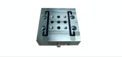 该应用方案的主要功能是:使用4个三轴力传感器,采集到台架上物体的重量相关参数,经过高精度放大器进行放大后。