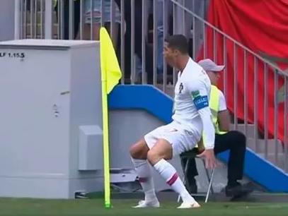 随着2018俄罗斯世界杯的打响,从克里姆林宫周边到全球各地,足球氛围日渐浓郁。