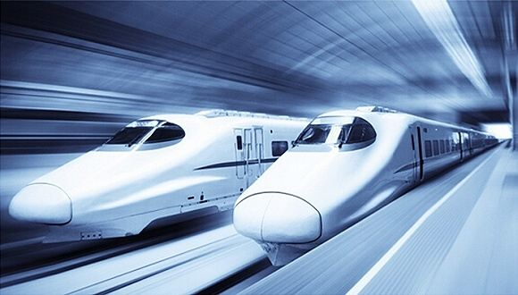 """据报道,在10月11日-13日举行的2018世界智能制造大会上,中国工程院专家屈贤明教授称,我国正在研制的新一代""""绿色智能高铁""""上,每列编组列车将安装超过2000个传感器设备。"""