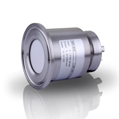压力传感器零点漂移是指当放大器的输入端短路时,在输入端有不规律的、变化缓慢的电压产生的现象。产生零点漂移的主要原因是温度的变化对晶体管参数的影响以及电源电压的波动等