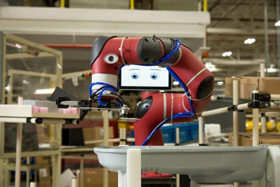 传感技术是现今机器人的三大要素(感知、决策和动作)之一。通常根据用途的不同,机器人传感器可以分为两大类:用于检测机器人自身状态的内部传感器和用于检测机器人相关环境参数的外部传感器。>