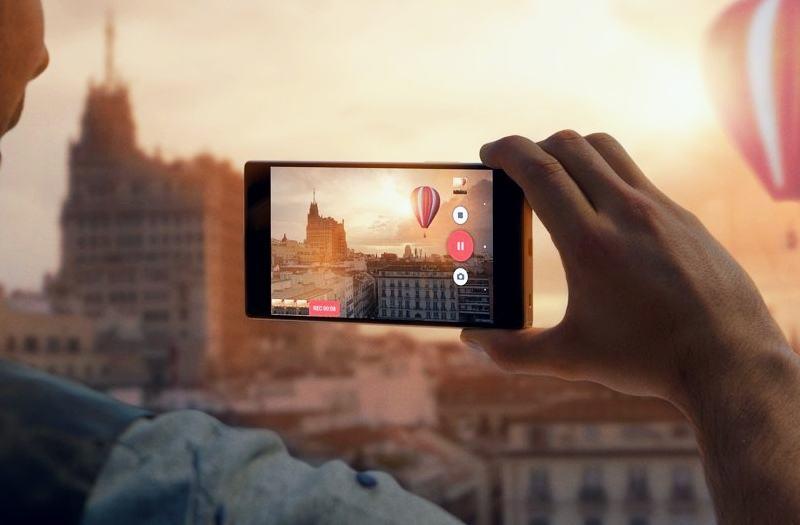 索尼将扩充图像传感器的研发体制。除了一直负责基础研究的日本之外,索尼还将在美欧设置基地,构建世界3极体制。