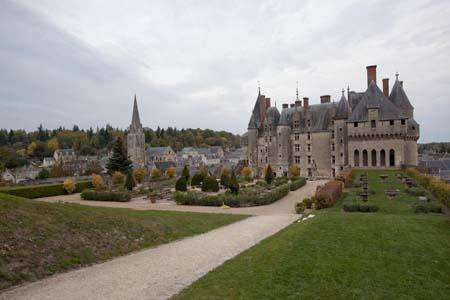 据外媒报道,法国卢瓦尔省的圣艾蒂安(Saint-tienne)将在治安复杂的街区,安装50只声音传感器